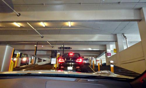 セルフパーキング MGM 駐車料金
