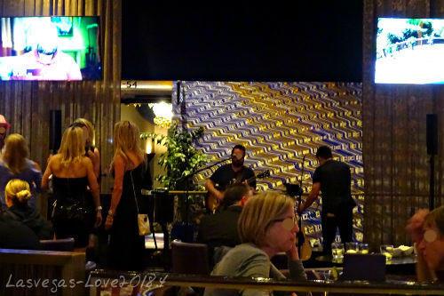 Bar バンド 演奏
