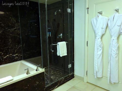 シャワールーム 風呂