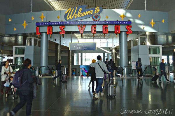 Welcome to LASVEGAS マッキャラン空港