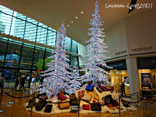 クリスタルズ ラスベガス クリスマスツリー