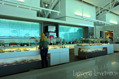 ロサンゼルス空港 アメリカン航空ラウンジ
