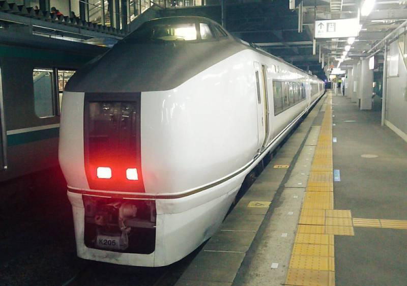 651系普通列車