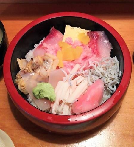 福和寿司の海鮮丼