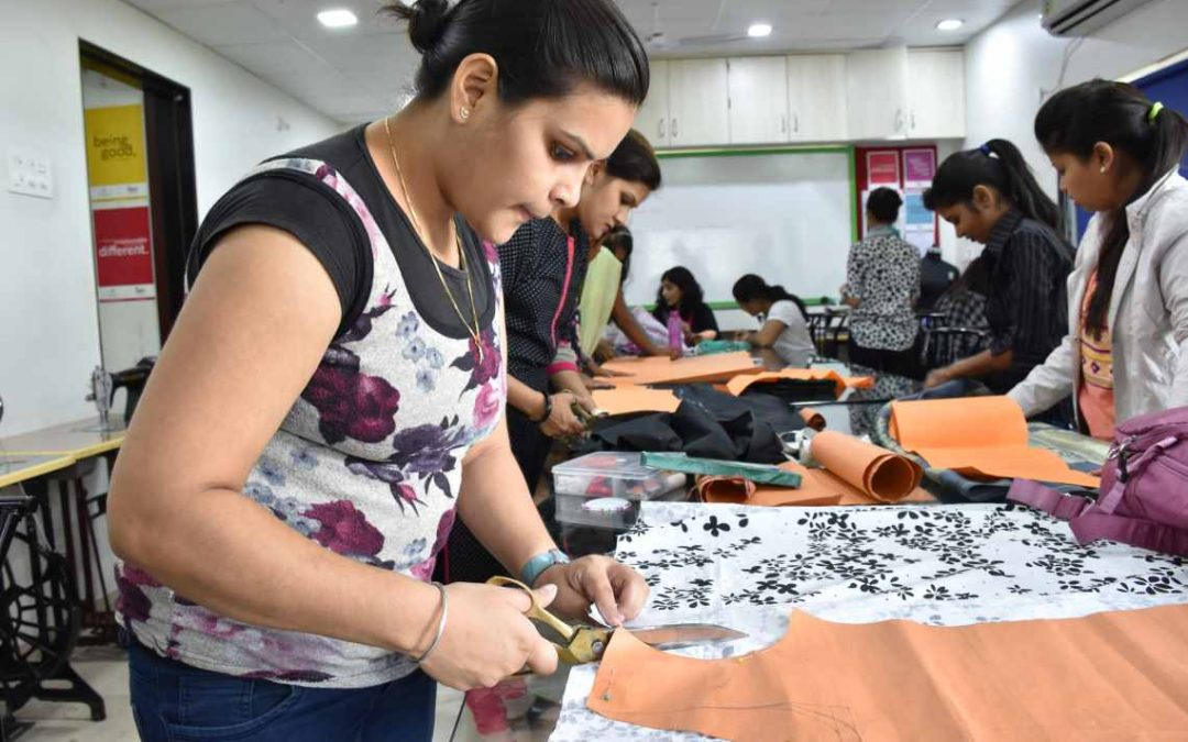 Join Fashion Design Course In Noida To Become A World Famous Fashion Designer Learningcafff S Diary