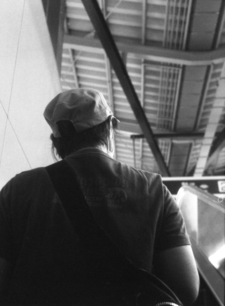 キヤノンデミEE17にて撮影 モノクロ 自家現像
