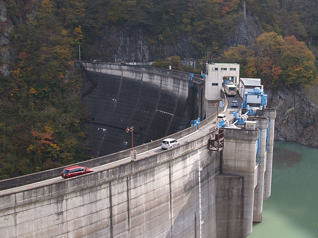 二瀬ダムの片道通行と三峯神社