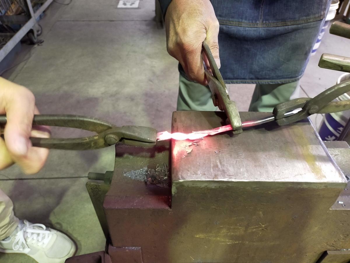 三条市 三条鍛冶道場 ものづくり体験 ペーパーナイフ 五寸釘