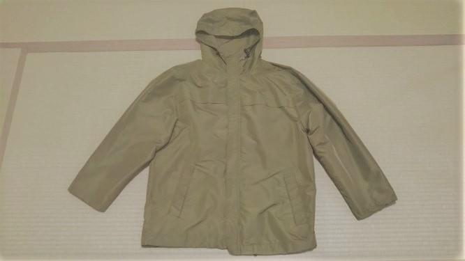 お直し後の上着の様子。少し袖の長さが短くなり、ジャストフィットになりました。