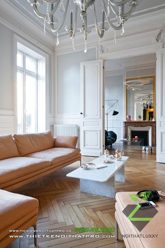 一般的なインテリアデザインにおける新しいクラシックスタイルとモダンスタイルの調和のとれた組み合わせ住宅