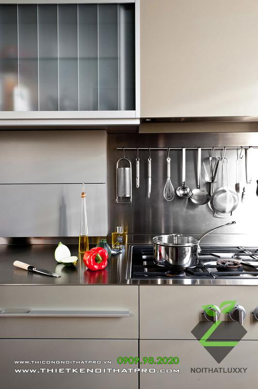 アパート設計における新古典様式と現代様式の調和のとれた融合