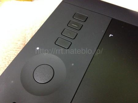 Intuos Pro のファンクションボタンはフラット