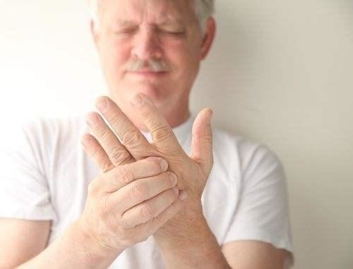 手足の麻痺は、漢方薬で良くなる
