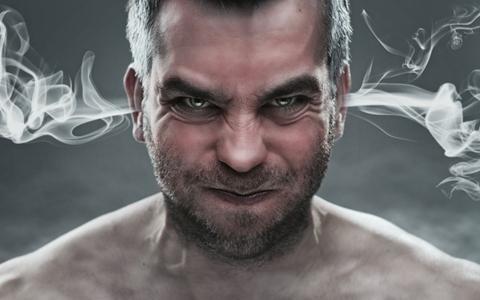 怒りっぽい、せっかち、暴力的な性格は瘀血が一つの原因である