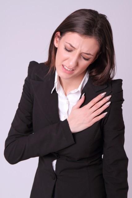 心臓発作で呼吸困難、心臓が痛いのは鍼1回で完治できる
