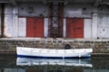 運河に映る小舟