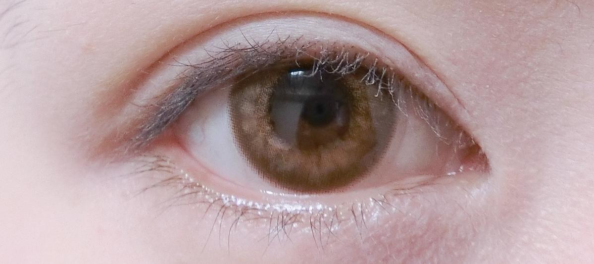 橋本環奈風カラコンをつけたすっぴん目の画像
