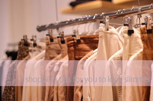 着やせする服の買い物方法