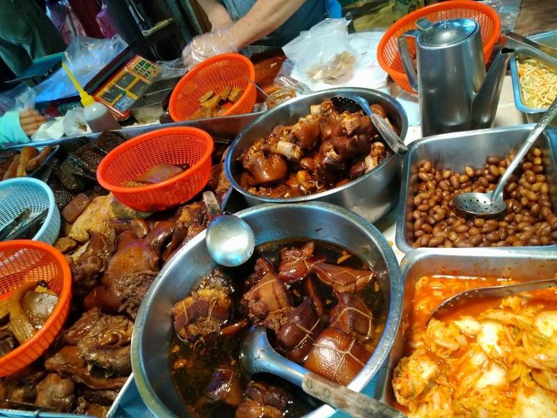 台北駅グルメ華陰街滷味2