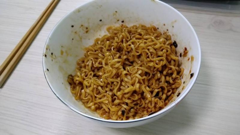 台湾維力ジャージャー麺