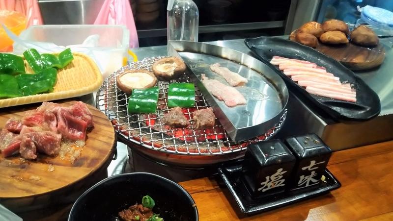 焼肉屋オススメ米碳火燒肉小酒館(三重店)12