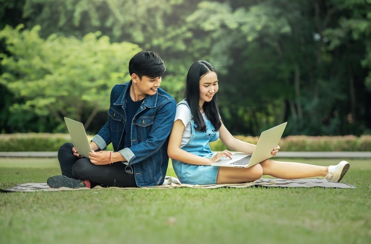 現役AI業界在籍者が教える大学生が通うべきプログラミングスクール