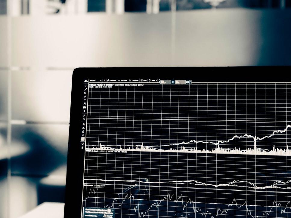 S&P500投資信託とは?利回りの見分け方を解説!|リビングコーポレーション