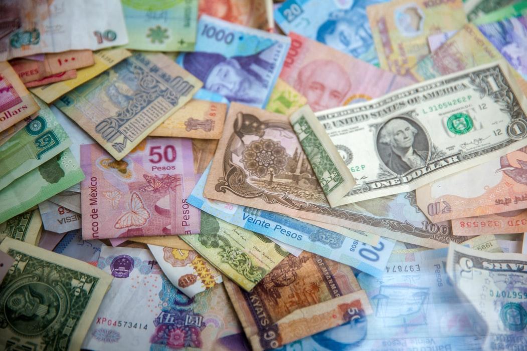 海外株の運用で投資の幅を広げる!|リビングコーポレーション