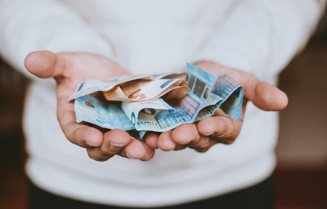 少額投資はローリターン?おすすめ投資法をご紹介|投資がもっと楽しくなるメディア