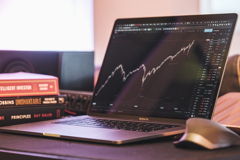 銘柄とは?証券会社や投資信託との関係は?|リビングコーポレーション