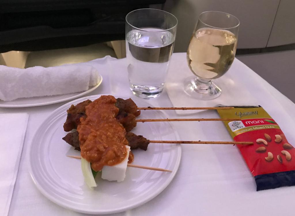 マレーシア航空サテー&シャンパン