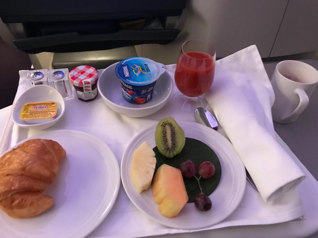 マレーシア航空ビジネスクラス朝食