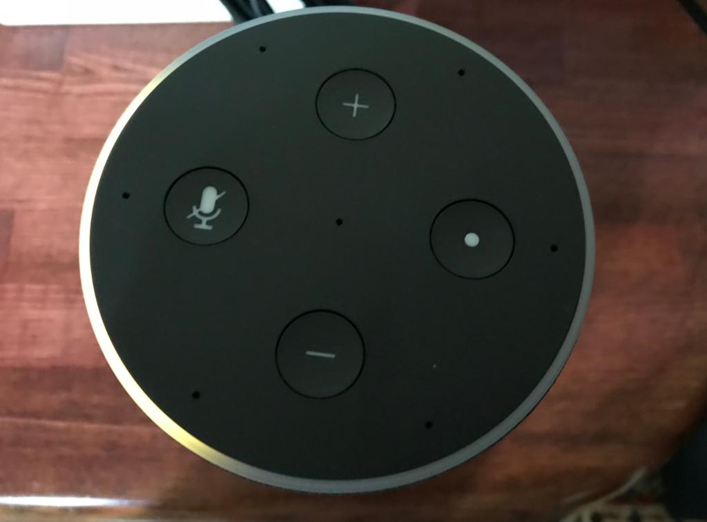 Amazon Echo上部