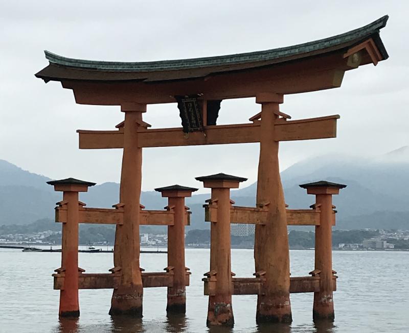 厳島神社大鳥居2