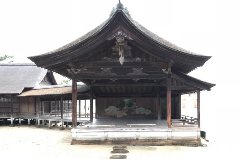 厳島神社能舞台
