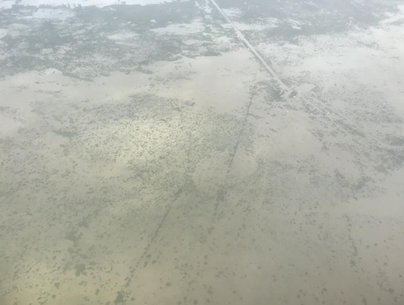 上空からのトンレサップ湖