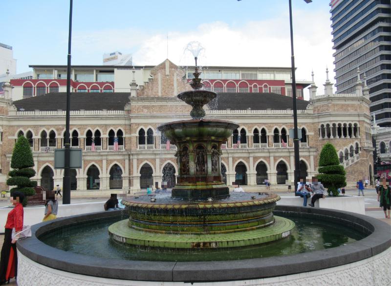 ムルデカ広場3