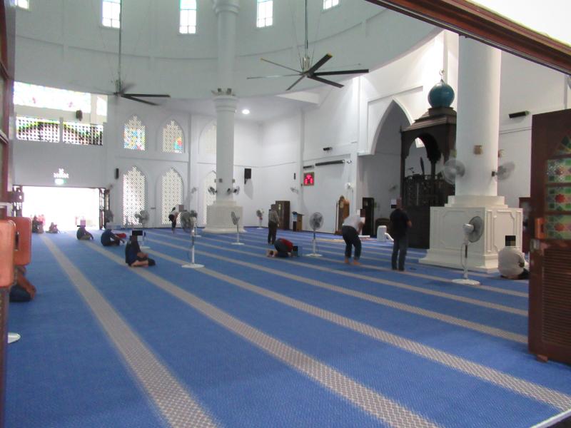 水上モスク信者