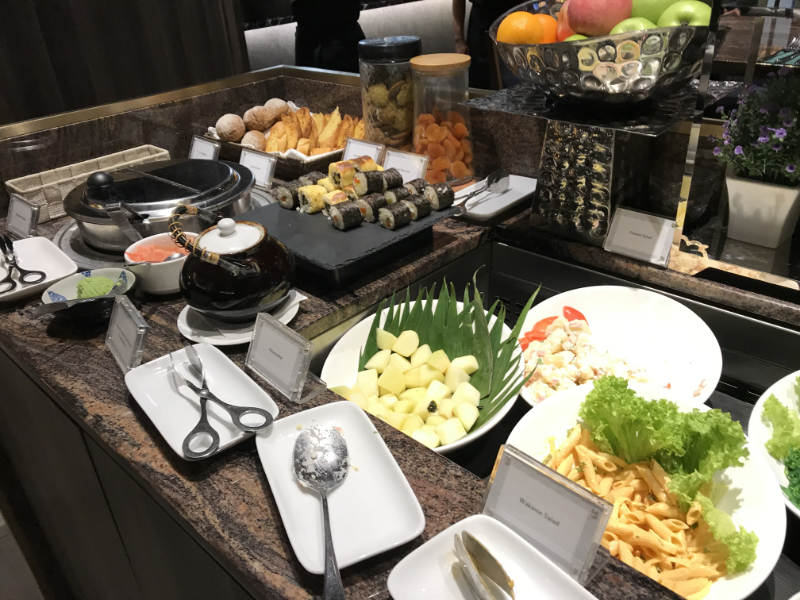 Plaz Premium Lounge First軽食