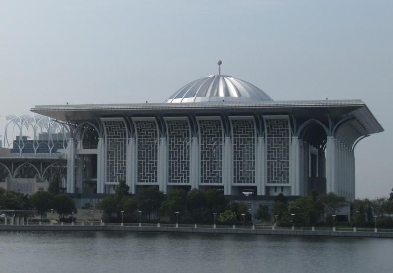 鉄のモスク