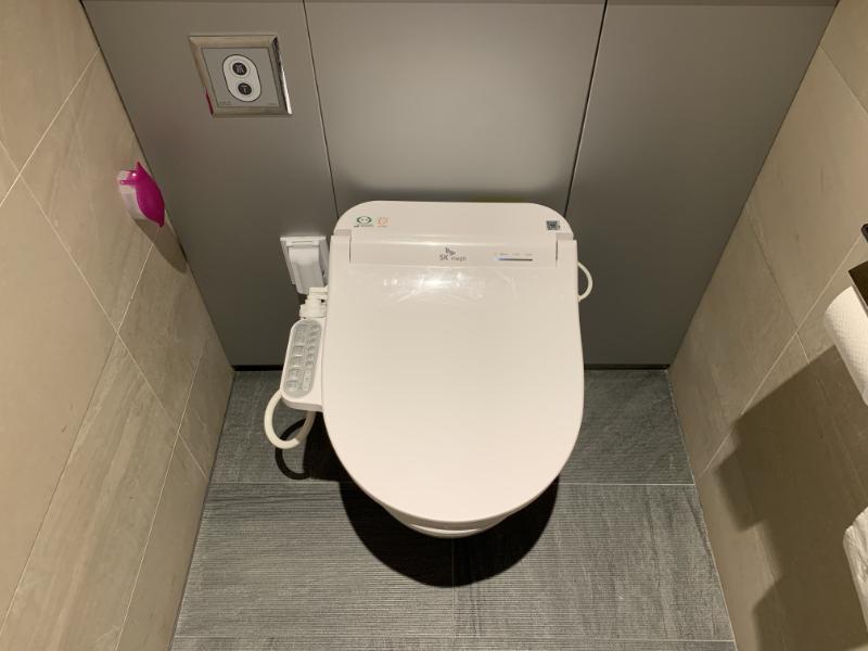アシアナ航空ビジネスクラスラウンジトイレ