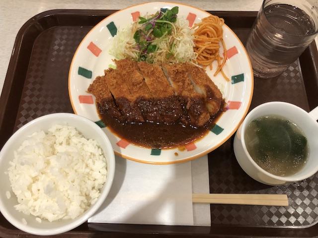 津の田ミートのとんかつ定食