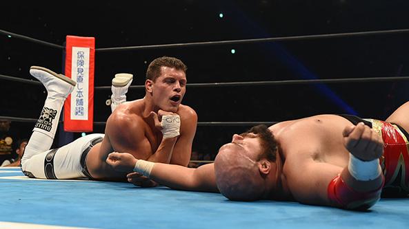Cody vs マイケル・エルガン