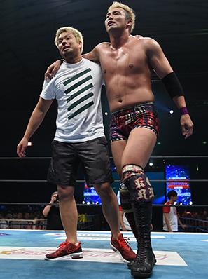 オカダ&YOSHI-HASHI