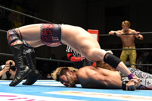 オカダ・カズチカ vs SANADA
