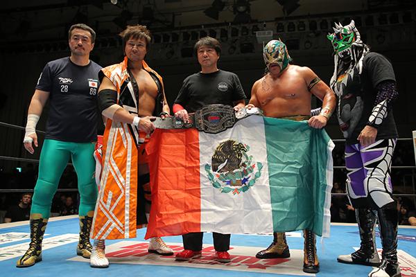 CMLL世界ヘビー級選手権試合:ウルティモ・ゲレーロ vs 小島聡
