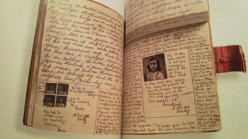 もう一度『アンネの日記』 - Loc...