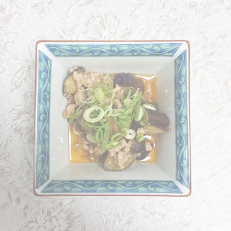 茄子とひき肉の甘辛炒め