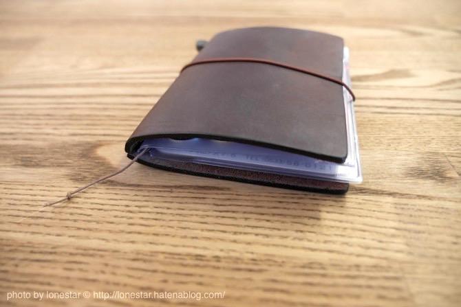 トラベラーズノート 財布 厚み
