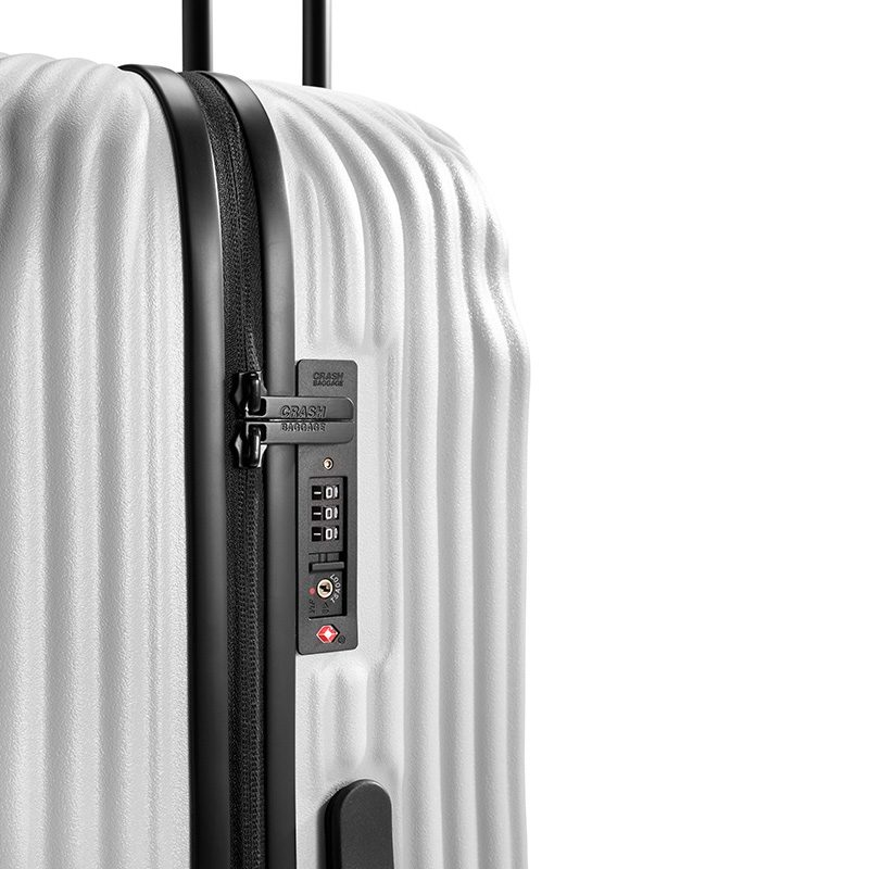 クラッシュバゲージ スーツケース 鍵